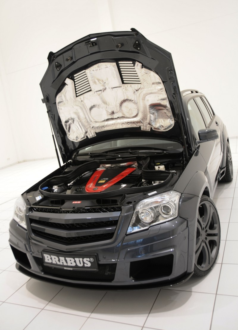 Car-Revs-Daily.com BRABUS GLK V12 17