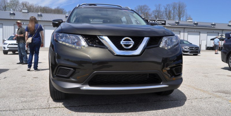 Car-Revs-Daily.com Best of Awards - 2014 Nissan Rogue 12