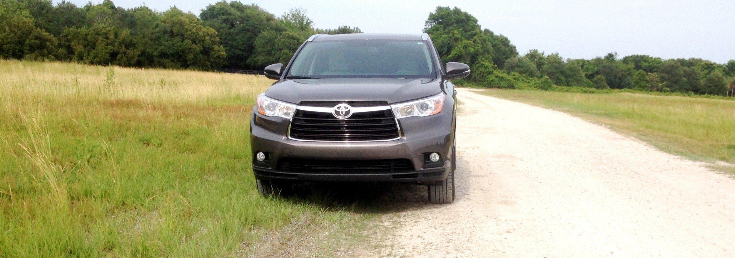 Car-Revs-Daily.com Best of Awards - 2014 Toyota Highlander XLE V6 5