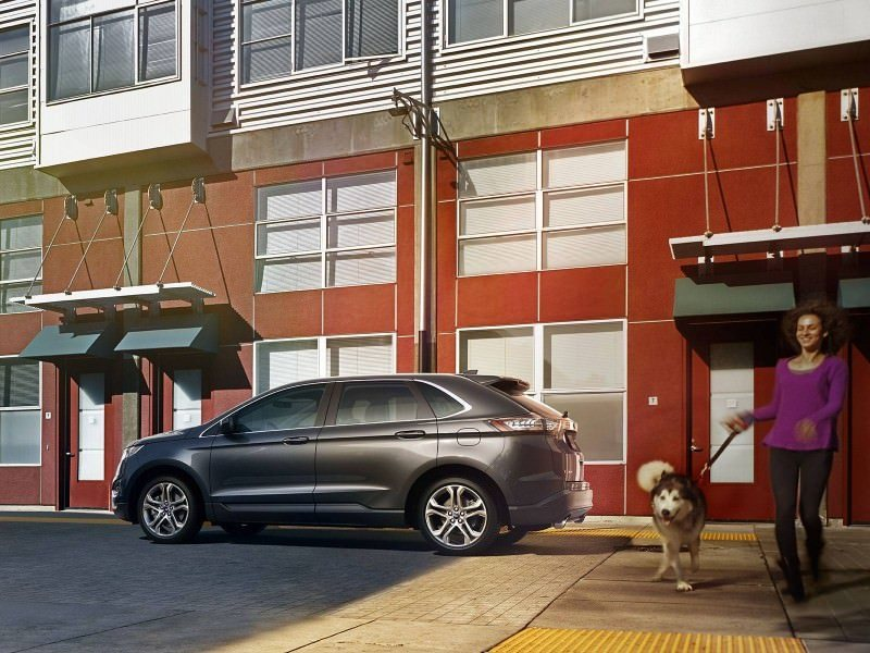 Car-Revs-Daily.com EXTERIOR GALLERY 2015 Ford Edge 92
