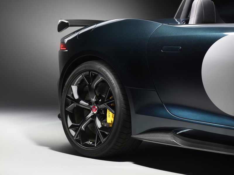 Car-Revs-Daily.com JAGUAR Special Operations F-TYPE Project 7 Speedster 13