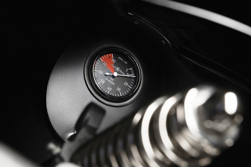 Car-Revs-Daily.com LIFESTYLE - Bell & Ross B-ROCKET 16