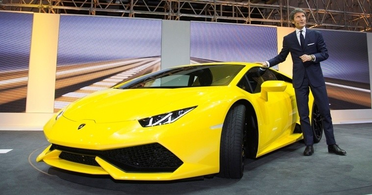 Car-Revs-Daily.com Lamborghini Huracan Super High Resolution Photos Marbella 19