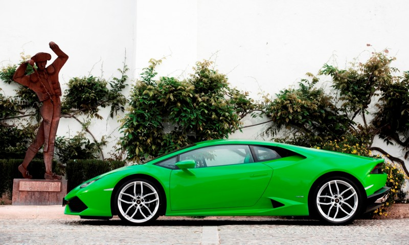 Car-Revs-Daily.com Lamborghini Huracan Super High Resolution Photos Marbella 44