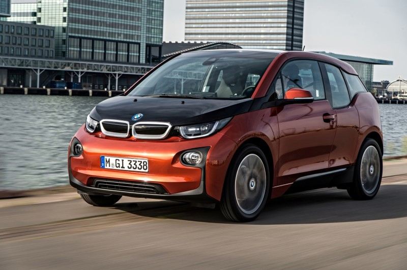 Car-Revs-Daily.com Mega Galleries - 2015 BMW i3 105