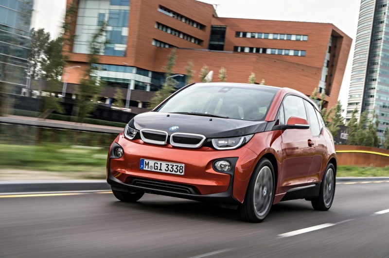 Car-Revs-Daily.com Mega Galleries - 2015 BMW i3 137