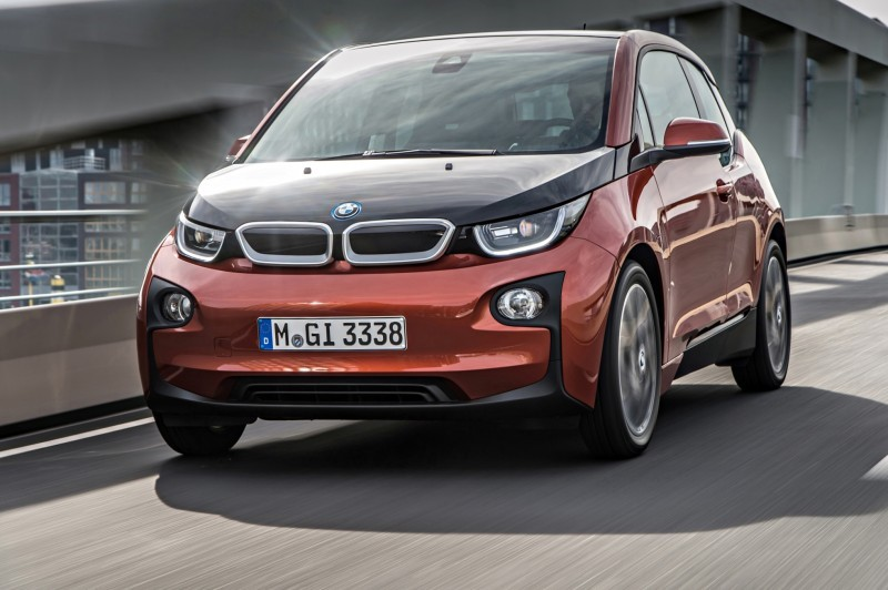 Car-Revs-Daily.com Mega Galleries - 2015 BMW i3 142
