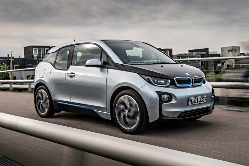 Car-Revs-Daily.com Mega Galleries - 2015 BMW i3 152