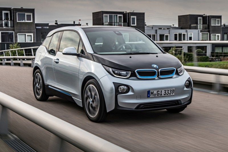 Car-Revs-Daily.com Mega Galleries - 2015 BMW i3 153