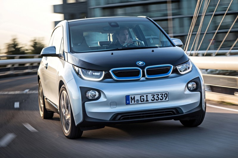 Car-Revs-Daily.com Mega Galleries - 2015 BMW i3 156