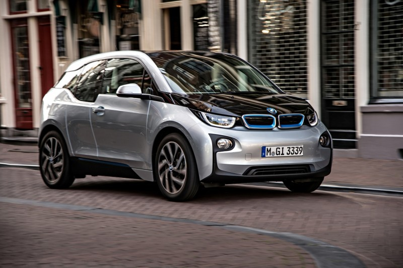 Car-Revs-Daily.com Mega Galleries - 2015 BMW i3 157