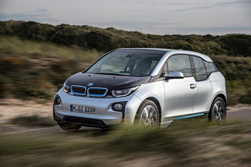 Car-Revs-Daily.com Mega Galleries - 2015 BMW i3 162