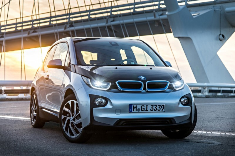 Car-Revs-Daily.com Mega Galleries - 2015 BMW i3 164