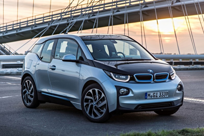 Car-Revs-Daily.com Mega Galleries - 2015 BMW i3 165