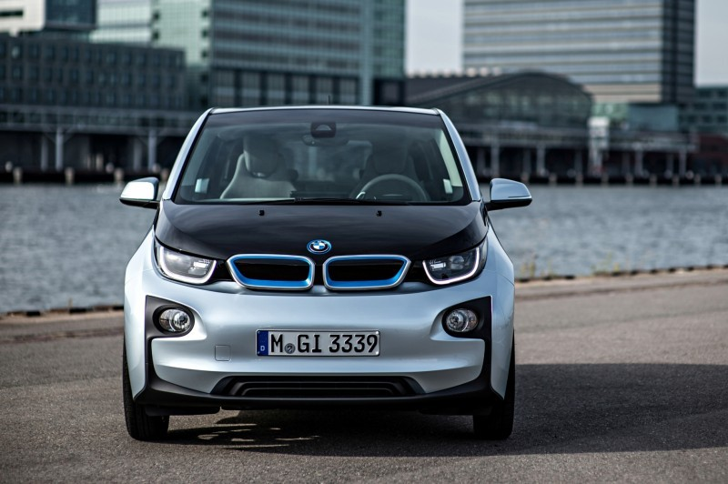 Car-Revs-Daily.com Mega Galleries - 2015 BMW i3 169