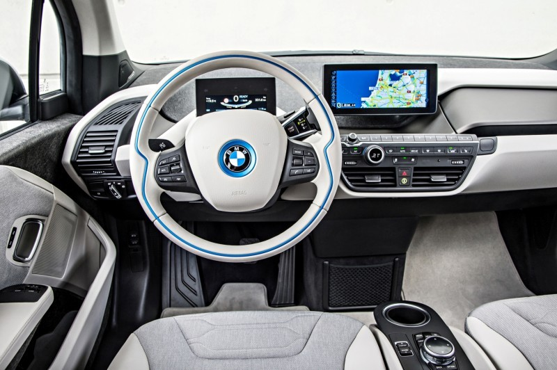 Car-Revs-Daily.com Mega Galleries - 2015 BMW i3 181