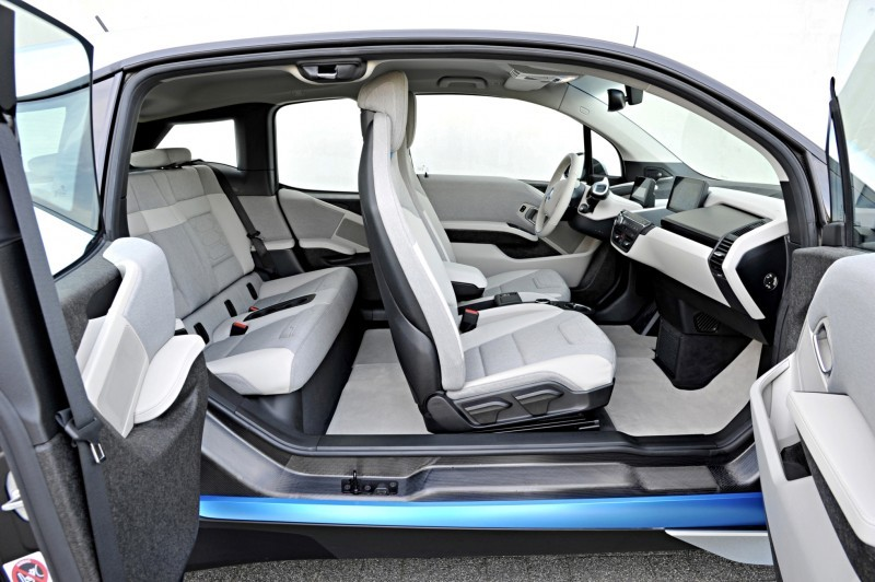 Car-Revs-Daily.com Mega Galleries - 2015 BMW i3 185