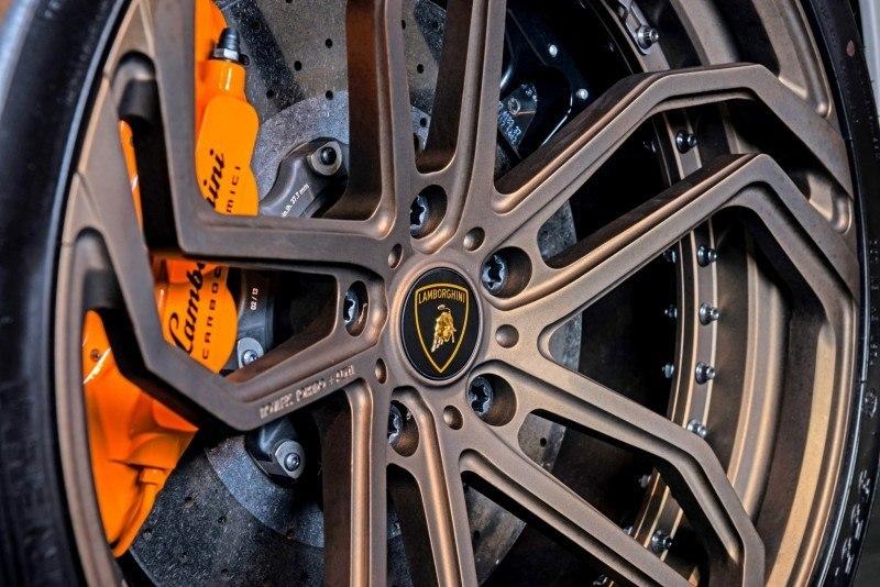 Car-Revs-Daily.com - NOVITEC TORADO Lamborghini Aventador 4