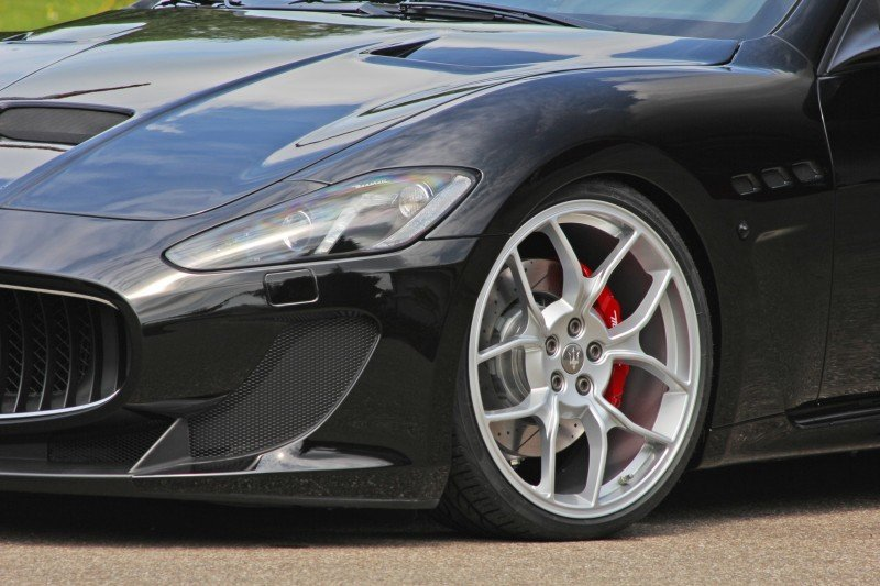 Car-Revs-Daily.com NOVITEC TRIDENTE Maserati GranCabrio MC Supercharged 8