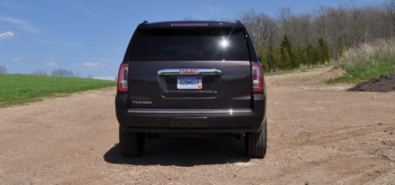 Car-Revs-Daily.com Reviews the 2015 GMC Yukon Denali 25