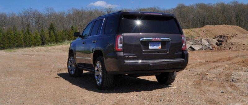 Car-Revs-Daily.com Reviews the 2015 GMC Yukon Denali 28