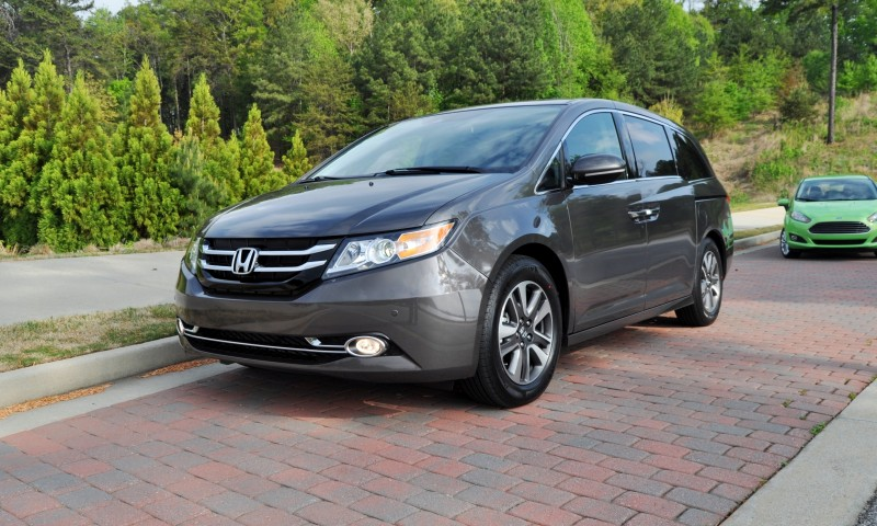 Car-Revs-Daily.com Road Test Review - 2014 Honda Odyssey Touring Elite 14