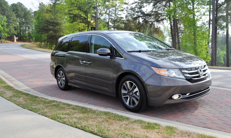 Car-Revs-Daily.com Road Test Review - 2014 Honda Odyssey Touring Elite 2
