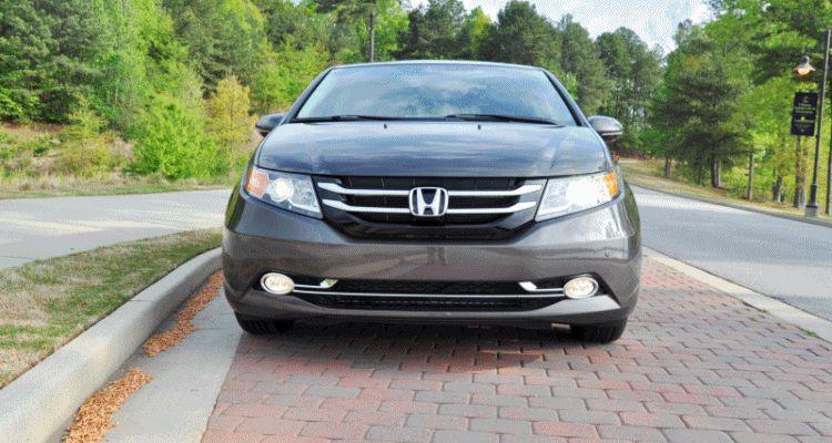 Car-Revs-Daily.com Road Test Review - 2014 Honda Odyssey Touring Elite GIF FULL