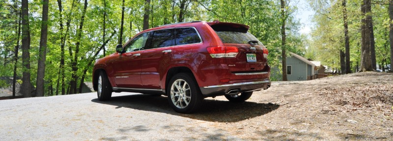Car-Revs-Daily.com Road Test Review - 2014 Jeep Grand Cherokee Summit V6 16