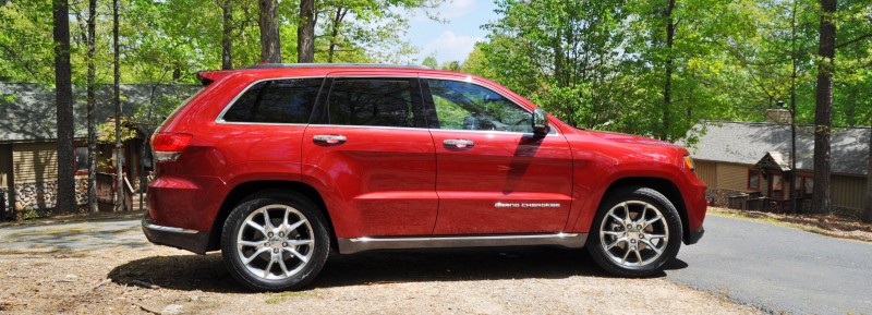 Car-Revs-Daily.com Road Test Review - 2014 Jeep Grand Cherokee Summit V6 24