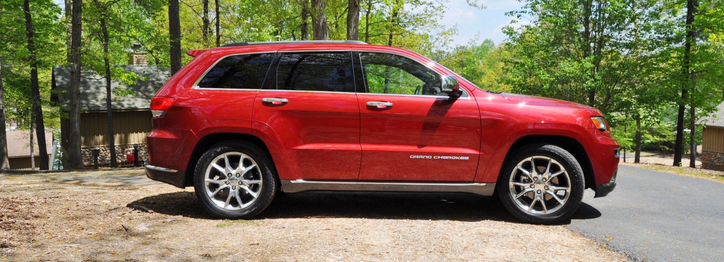 ... Car Revs Daily.com Road Test Review   2014 Jeep Grand Cherokee Summit