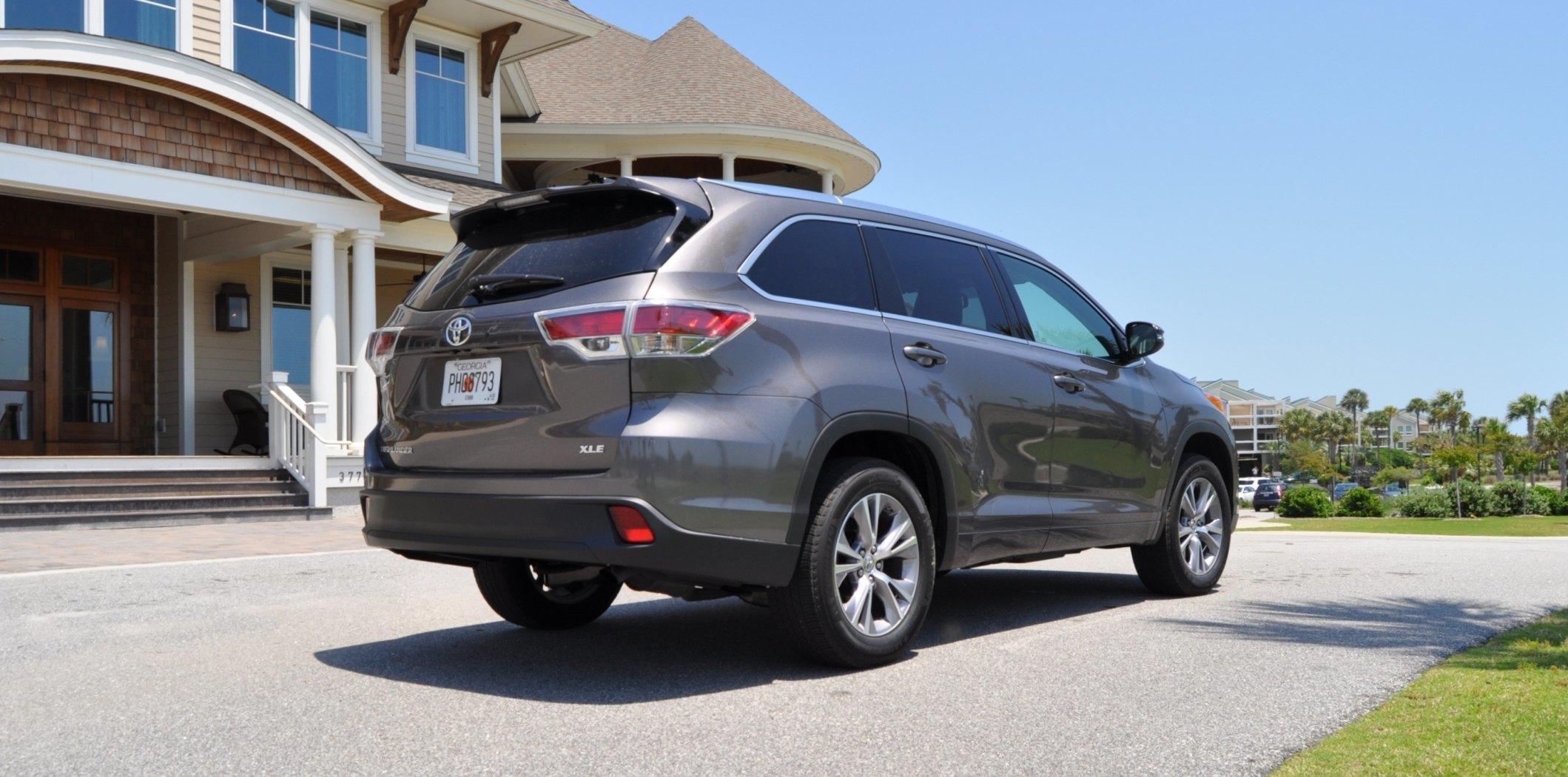 Car-Revs-Daily.com Road Test Review - 2014 Toyota Highlander XLE V6 83