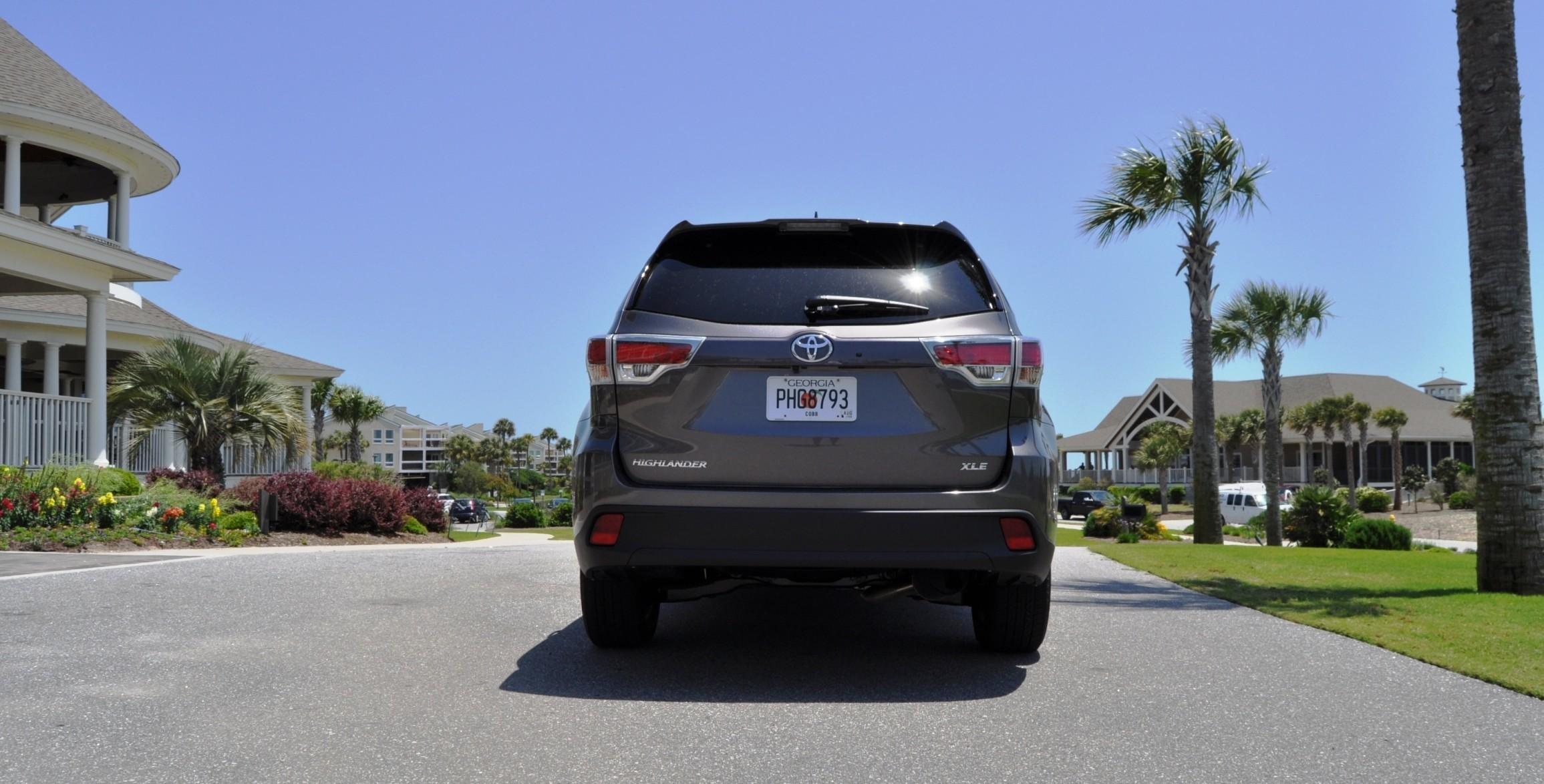 Car-Revs-Daily.com Road Test Review - 2014 Toyota Highlander XLE V6 85