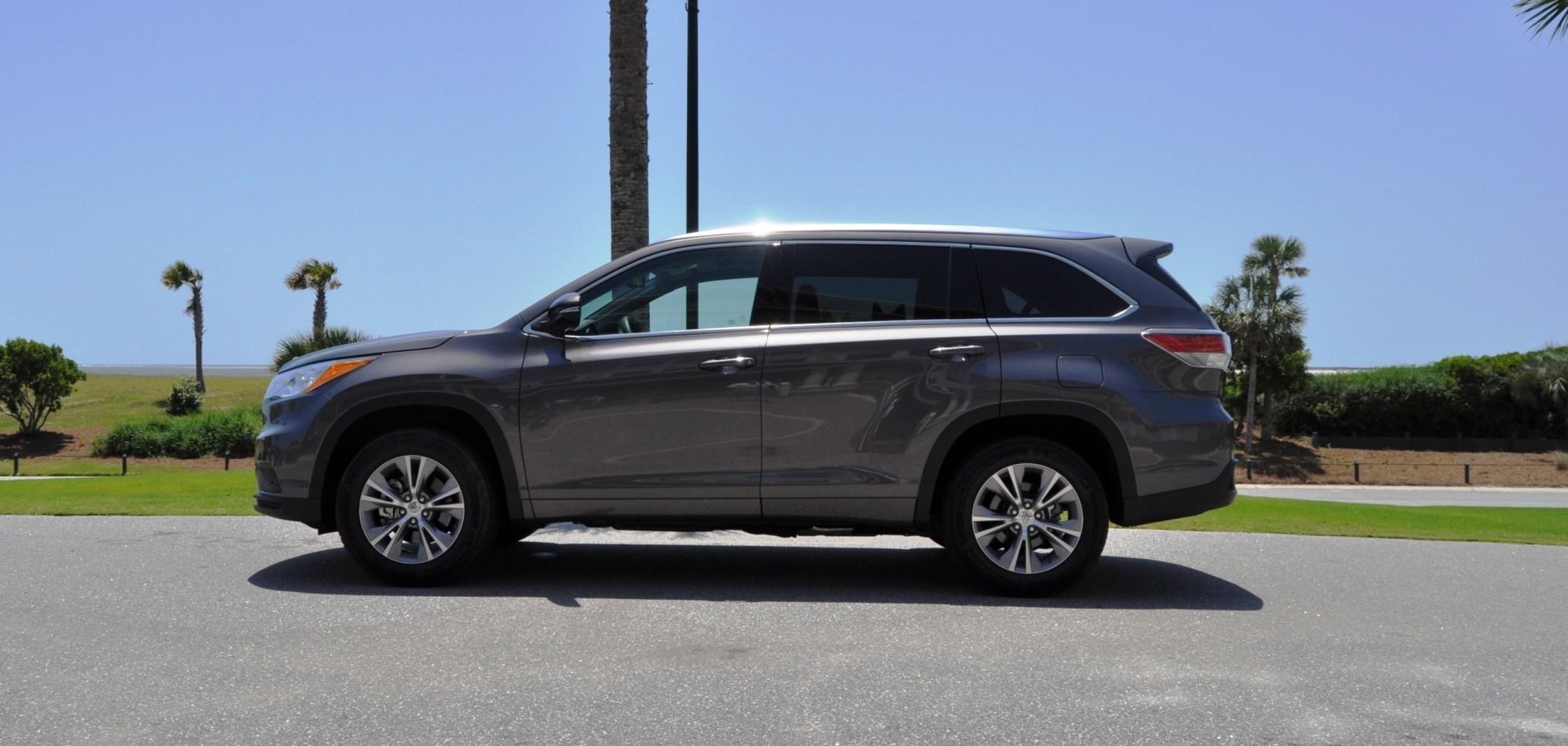 Car-Revs-Daily.com Road Test Review - 2014 Toyota Highlander XLE V6 88