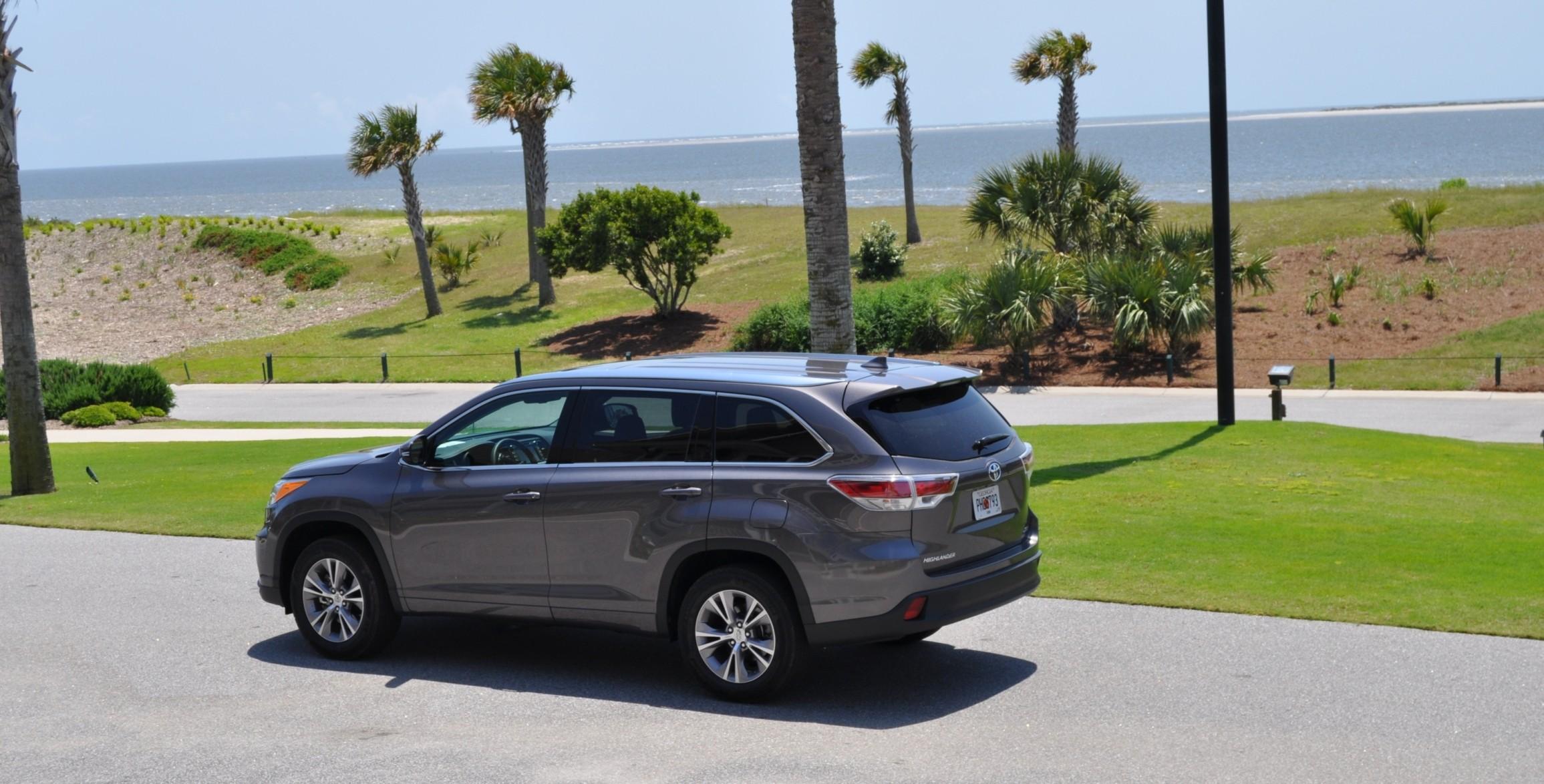 Car-Revs-Daily.com Road Test Review - 2014 Toyota Highlander XLE V6 93