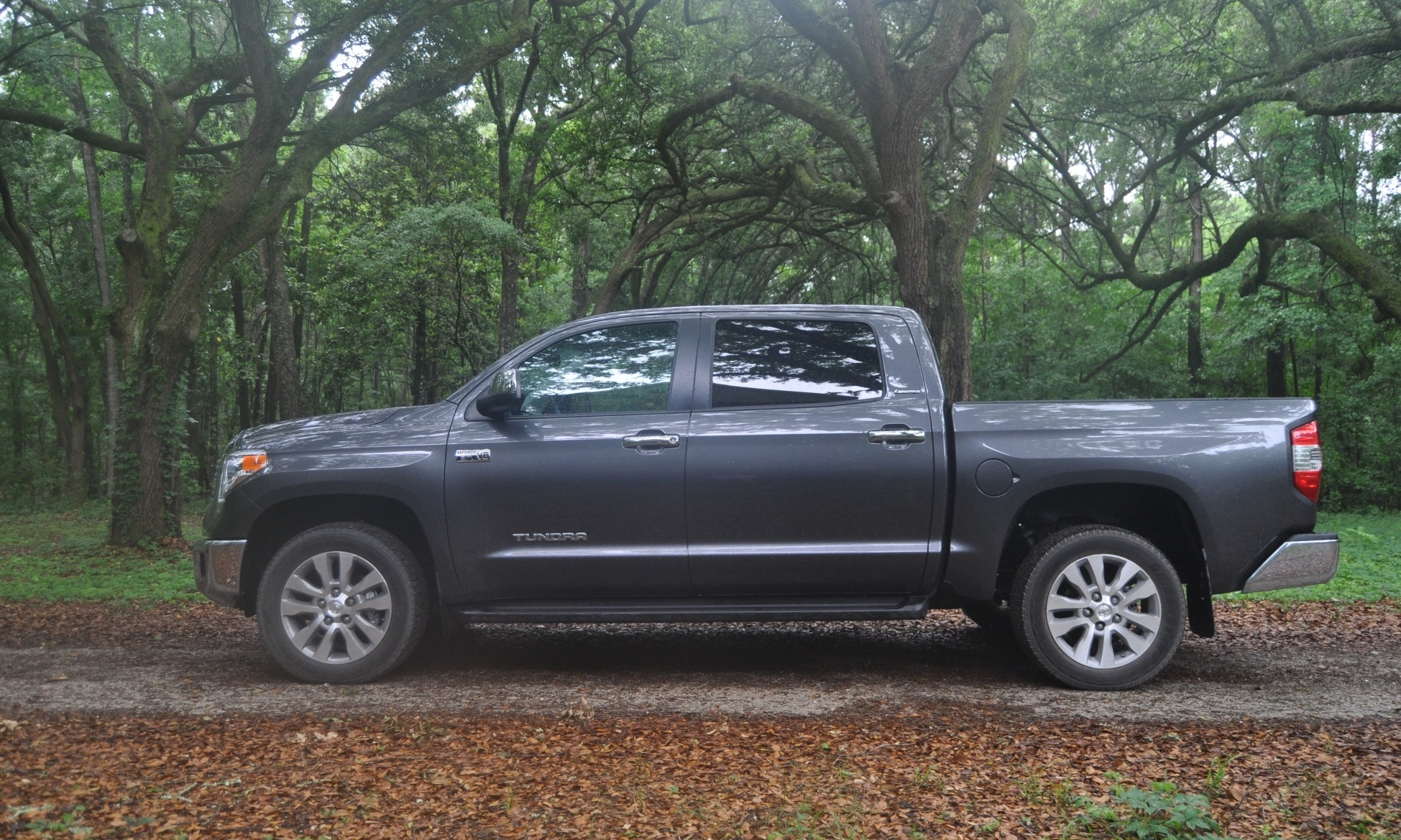 Toyota Tundra crewmax тест драйв #10