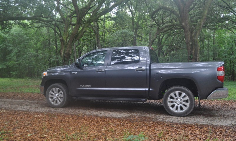 Car-Revs-Daily.com Road Test Review - 2014 Toyota Tundra 5.7L V8 CrewMax Limited 3