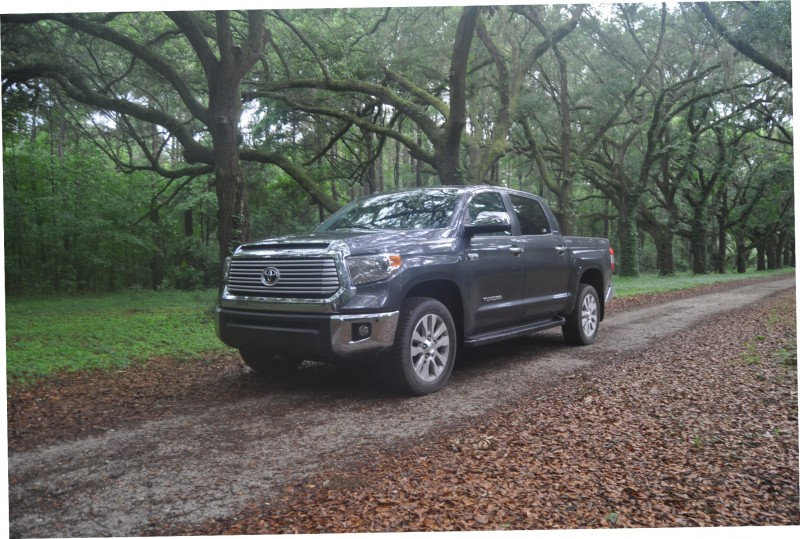 Car-Revs-Daily.com Road Test Review - 2014 Toyota Tundra 5.7L V8 CrewMax Limited 54