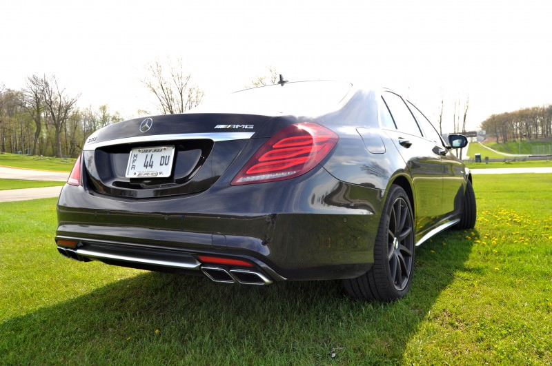 Car-Revs-Daily.com Road Test Reviews the 2015 Mercedes-Benz S63 AMG 109