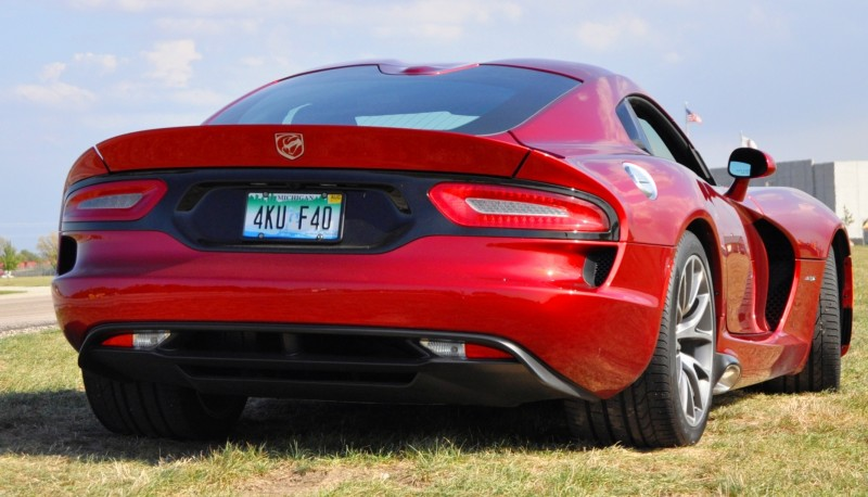 Car-Revs-Daily.com SRT Viper and Maserati Alfieri Concept - Friends or Family 40