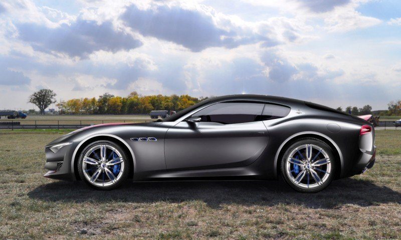 Car-Revs-Daily.com SRT Viper and Maserati Alfieri Concept - Friends or Family 5