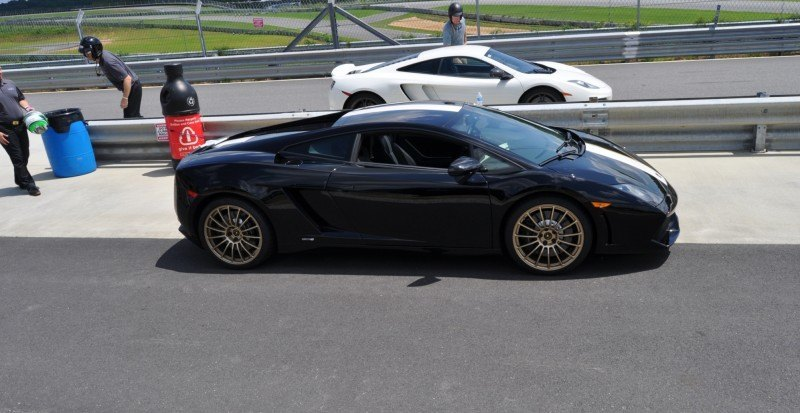 Car-Revs-Daily.com Supercar Hall of Fame - 2011 Lamborghini Gallardo LP550-2 Balboni - 80 High-Res Photos 41