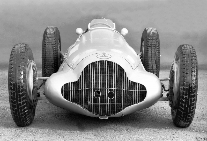 CarRevsDaily - Hour of the Silver Arrows - Action Photography 35