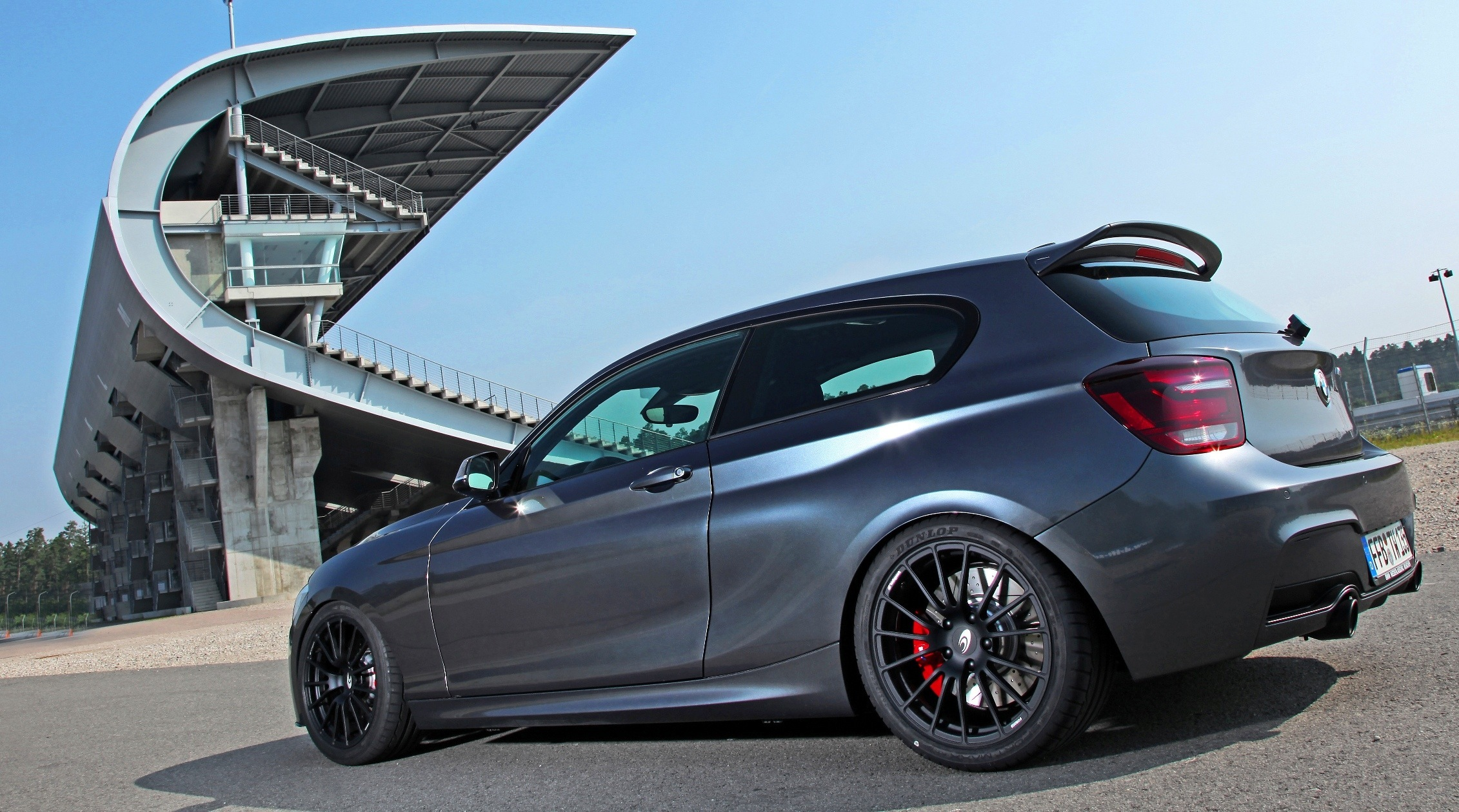 180mph Custom Wagons Bbm 330d Touring And Bmw M135i By