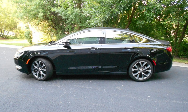 Chrysler 200 2015 009