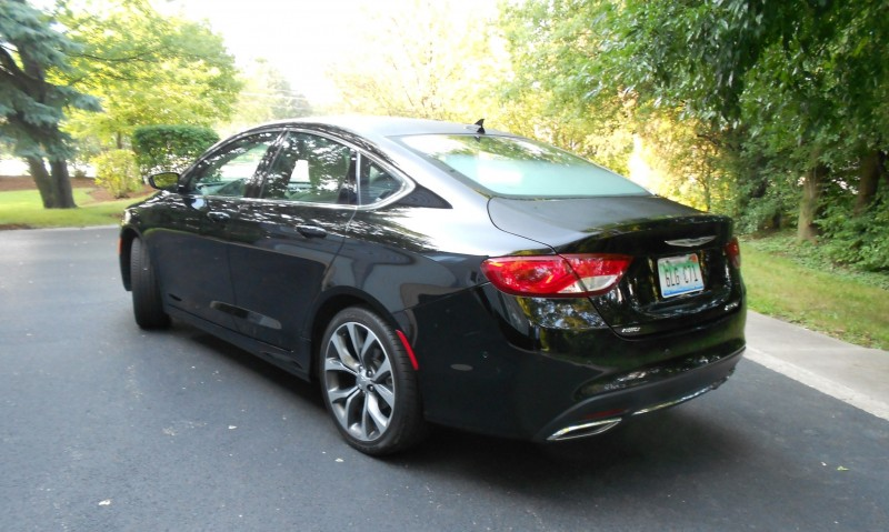 Chrysler 200 2015 010