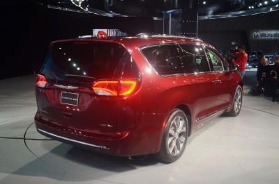ChryslerPacifica6