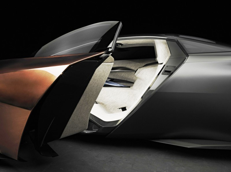 Concept Flashback - 2012 Peugeot ONYX Is Mixed-Media Hypercar Delight 11