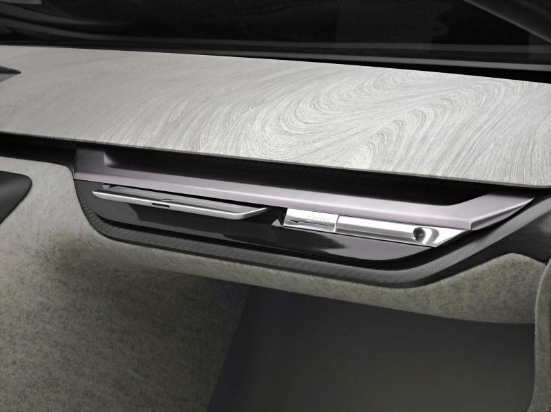 Concept Flashback - 2012 Peugeot ONYX Is Mixed-Media Hypercar Delight 16