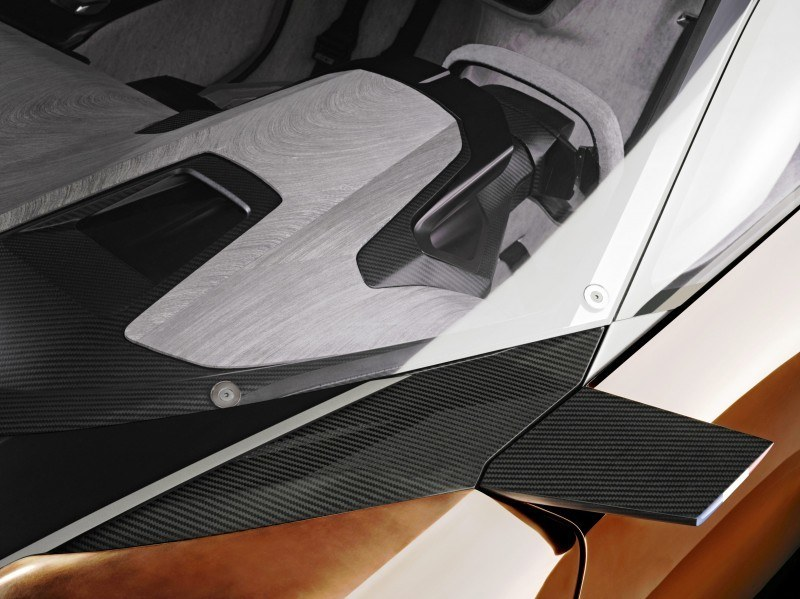 Concept Flashback - 2012 Peugeot ONYX Is Mixed-Media Hypercar Delight 8